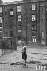 Glasgow slum child